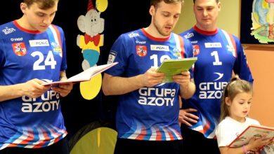 Photo of Wizyta zawodników Azotów w przedszkolu