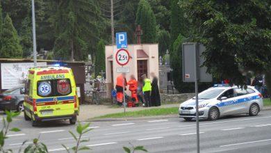 Photo of Ostrożniej na drodze – potrącenie na pasach [VIDEO]