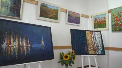 Photo of GOK w Gołębiu zaprasza na wystawę malarstwa [VIDEO]
